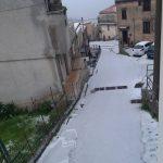 Meteo, Italia capovolta nel weekend: freddo e neve al Sud, sole e caldo al Nord [FOTO]