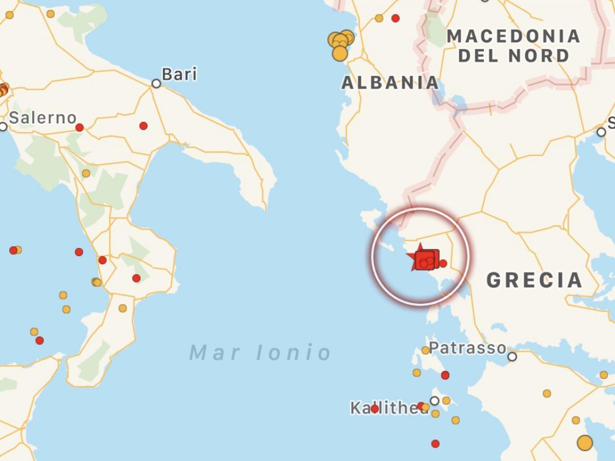 Cartina Puglia Grecia.Terremoto Notte Di Paura In Grecia Scossa Di Magnitudo 5 9 Crollano Palazzi A Kanallaki Sisma Avvertito Anche In Italia Mappe E Dettagli Meteoweb