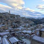 Maltempo: nevica in Basilicata, imbiancati anche i Sassi di Matera [FOTO]