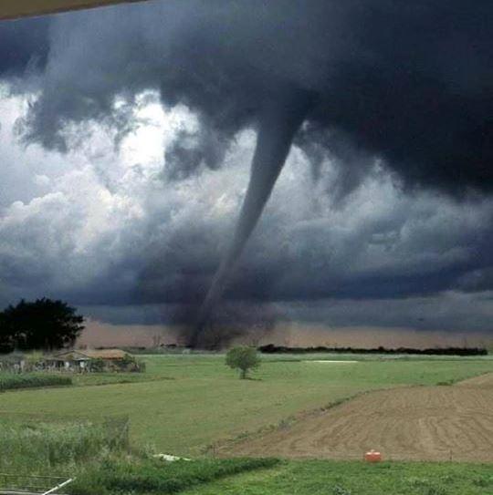 tornado modena fake news