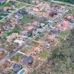 Tornado devastanti negli USA, decine di morti: scene apocalittiche da 6 Stati, case completamente rase al suolo [FOTO]