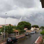 Maltempo, serie di tornado sul litorale romano e forti nubifragi: allagamenti a Guidonia e Roma, +14°C nella capitale [FOTO e VIDEO]