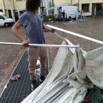Temporali e forti raffiche di vento in Alto Adige: interrotta la ferrovia della Val Pusteria, danni a Bolzano [FOTO]