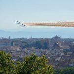 Festa della Repubblica: le Frecce Tricolori incantano Roma, spettacolo nei cieli della Capitale [FOTO VIDEO]
