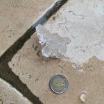 """Maltempo, incredibile grandinata """"mistica"""" in Veneto: pezzi di ghiaccio a forma di croci sulla pedemontana del Grappa [FOTO]"""