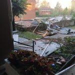 Maltempo Piemonte, disastro nel Biellese: pioggia, grandine e vento oltre i 100km/h a Cossato, alberi sradicati e tetti divelti [FOTO]