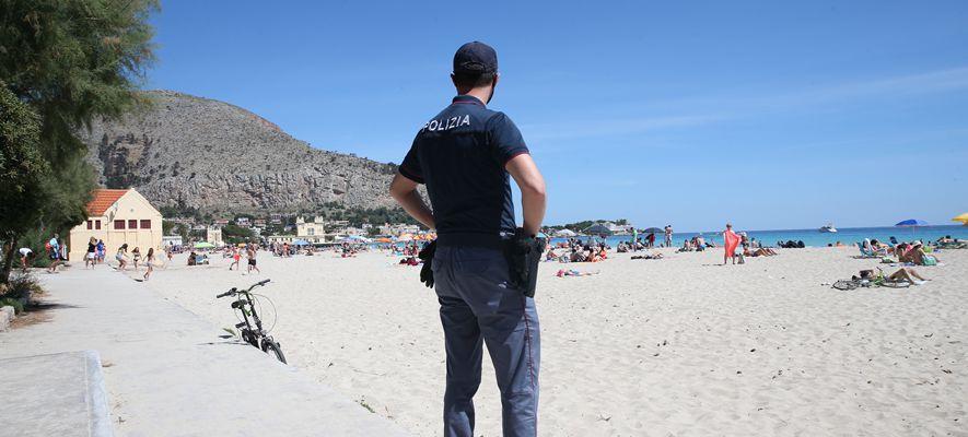 polizia spiaggia mare controlli coronavirus