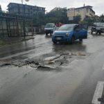 Il maltempo attanaglia Puglia e Basilicata: polveri siderurgiche invadono Taranto, scuole allagate a Potenza [GALLERY]