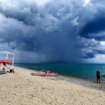 Maltempo, forti temporali al Sud: nubifragi da Taranto a Messina e freddo anomalo come se fossimo in pieno autunno [FOTO e DATI]