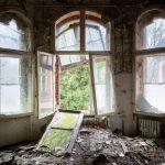Un mondo sospeso, l'ospedale dannato: il terrificante Beelitz Heilstätten un tempo curò il soldato Hitler [FOTO]