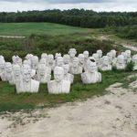 Un mondo sospeso, 43 Presidenti americani in un campo rurale: le enormi statue abbandonate attirano i turisti di tutto il mondo [FOTO]