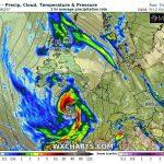 Allerta Meteo, la tempesta Alex arriva su Francia e Inghilterra: piogge torrenziali e venti fino a 160km/h nel Golfo di Biscaglia [MAPPE]