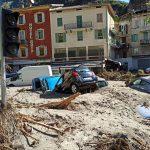 """Maltempo, le sconvolgenti immagini di Breglio dopo l'Alluvione: """"i corpi trovati in Liguria potrebbero essere i nostri dispersi"""" [FOTO]"""