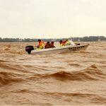 Catastrofiche piogge torrenziali in Vietnam: 132 morti e 250 mila abitazioni sommerse per le peggiori alluvioni degli ultimi decenni [FOTO]