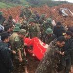Alluvione in Vietnam: enorme frana travolge caserme di militari, 10 soldati morti e 12 dispersi [FOTO]