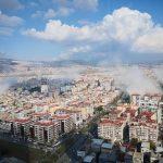 Terremoto, è un disastro tra Grecia e Turchia: morti a Smirne, panico sull'isola di Samo. Rischio tsunami verso Malta e sud Italia [FOTO e VIDEO]