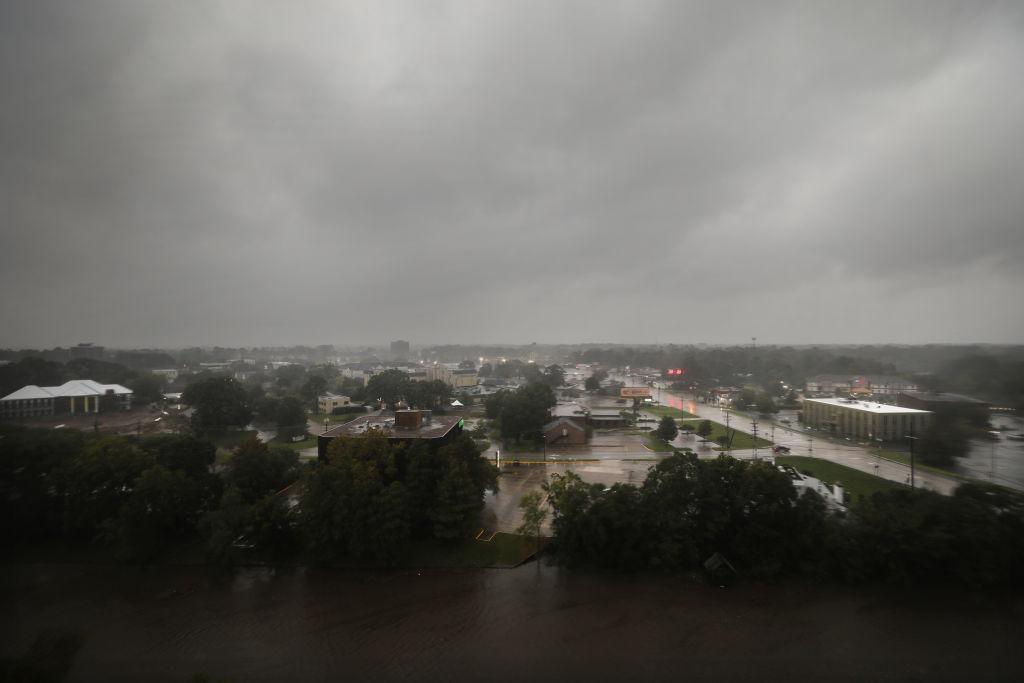 uragano delta landfall louisiana