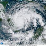 L'uragano Iota è inarrestabile: raggiunta la categoria 5 con venti a 256km/h, verso un impatto catastrofico in America Centrale [MAPPE]