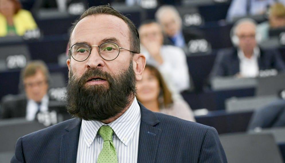 Orgia eurodeputato ungherese a Bruxelles, la sua fuga precipitosa