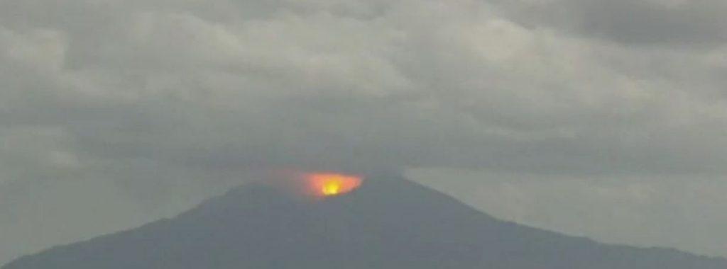 eruzione vulcano giappone