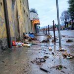 Maltempo Veneto: nel Bellunese allagamenti, smottamenti e alberi caduti, evacuazione di 76 persone da una casa di riposo [FOTO e VIDEO]