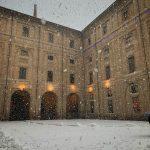Maltempo Emilia Romagna, tanta neve a Parma: la città è ricoperta di bianco [FOTO]