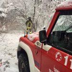 Maltempo e neve al Nord Italia: centinaia di interventi dei vigili del fuoco, situazione critica nel Varesotto [FOTO]