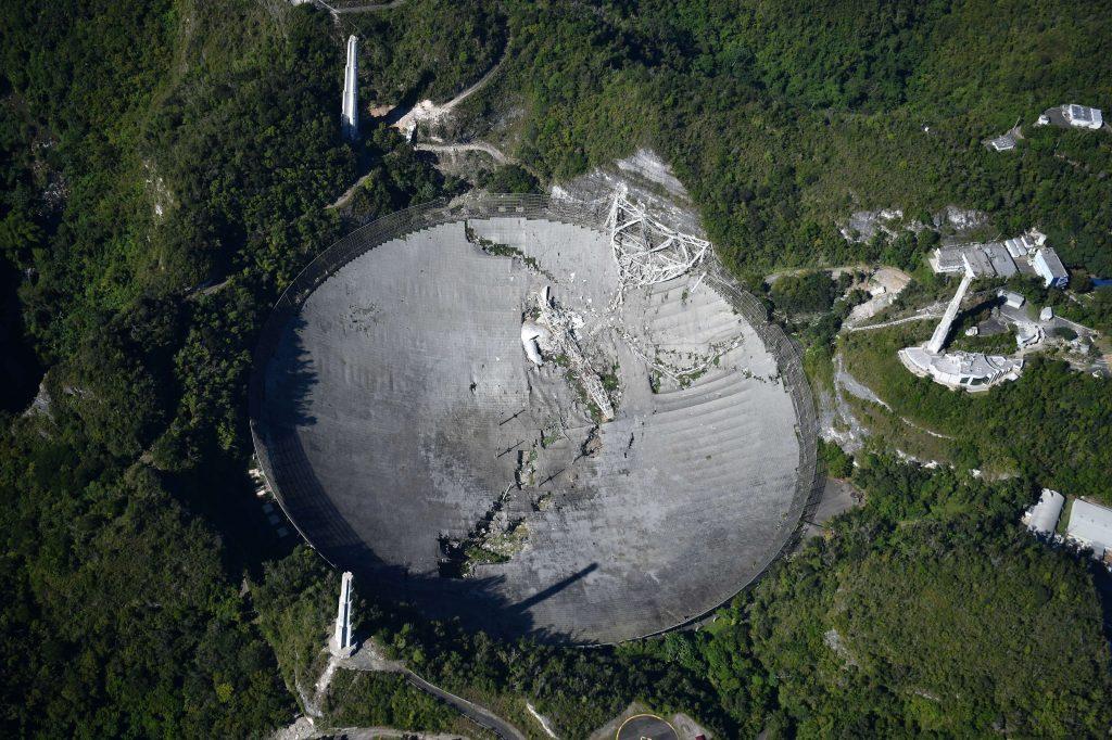radiotelescopio arecibo crollo