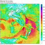 Allerta Meteo, forte vento sferza l'Italia: libeccio a 170 km/h, come un Uragano di 2ª Categoria [MAPPE]