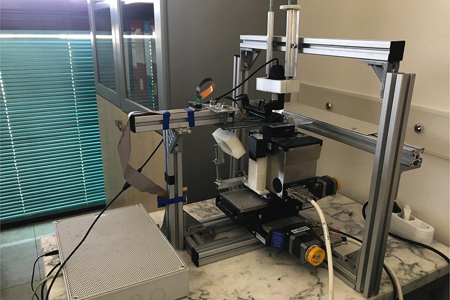 Il prototipo di stampante sviluppato da Gianluca Fiori
