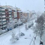 """Maltempo, a Madrid la """"nevicata del secolo"""": capitale della Spagna sommersa da mezzo metro di neve [FOTO]"""