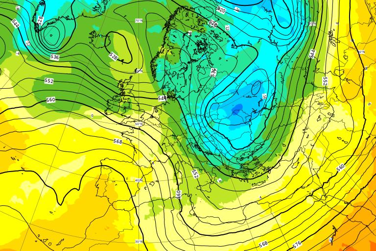 La mappa sinottica per il picco dell'irruzione fredda del weekend, tra Sabato 16 e Domenica 17 Gennaio