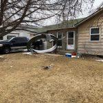 Aereo perde pezzi, i detriti colpiscono le case di Broomfield durante atterraggio d'emergenza a Denver