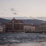 Meteo: forti raffiche di bora oggi a Trieste, picchi di 110 km/h [FOTO e VIDEO]