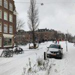 Maltempo, bufera di neve ad Amsterdam: la città è ricoperta di bianco [FOTO]