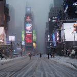 USA, tempesta di neve sulla costa orientale: lo spettacolo di New York sommersa dalla neve [FOTO]