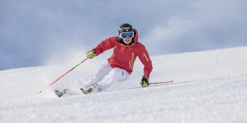 sci sciatore