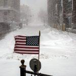 Meteo, il collasso del vortice polare fa piombare gli USA in un gelo senza precedenti: -18°C in Texas e neve nel Golfo del Messico come in The Day After Tomorrow