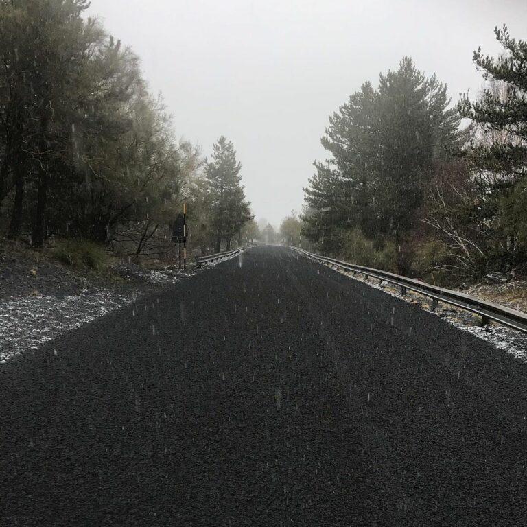 La strada Mareneve nei pressi del Rifugio Citelli