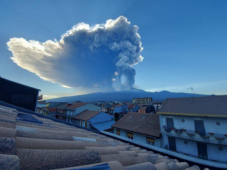 L'eruzione di Domenica 28 Febbraio vista da Randazzo