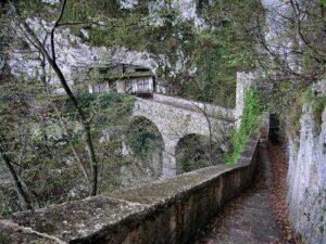 ponte del tiglio