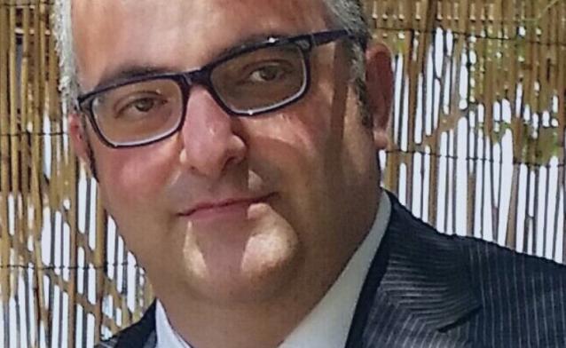 Trombosi dopo il vaccino AstraZeneca: gravissimo un avvocato, segnalazione all'Aifa