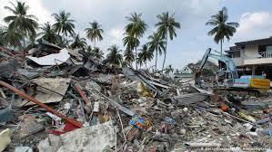 distruzione tsunami 2004