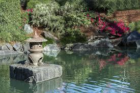 lanterna giardino giapponese