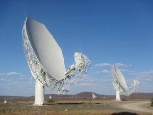 Il radiotelescopio MeerKAT in Sudafrica