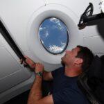 """Spazio, l'astronauta Thomas Pesquet cattura FOTO mozzafiato della Terra: """"Impossibile stancarsi di questo panorama"""" [FOTO]"""