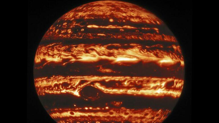 Giove nella lunghezza d'onda dell'infrarosso come catturato dal telescopio Gemini North alle Hawaii. (Credit: International Gemini Observatory / NOIRLab / NSF / AURA, MH Wong (UC Berkeley) et al.)