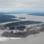 Meteo, alluvione in Canada a causa del disgelo: acqua e ghiaccio del fiume Mackenzie devastano Fort Simpson [FOTO e VIDEO]