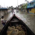 Meteo, il ciclone Yaas si abbatte sull'India orientale: gravi inondazioni nel Bengala Occidentale, vittime e decine di migliaia di case distrutte [FOTO e VIDEO]