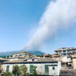 Etna, vulcano irrequieto: nuova intensa attività esplosiva dal Cratere di Sud-Est [FOTO]